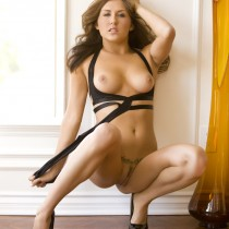 amie-lou-playboy-all-naturals -17