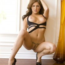 amie-lou-playboy-all-naturals -18