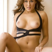 amie-lou-playboy-all-naturals -20