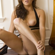 amie-lou-playboy-all-naturals -26