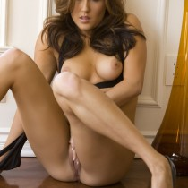 amie-lou-playboy-all-naturals -29