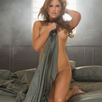 brittney-palmer-playboy-ufc-ring-girl-14