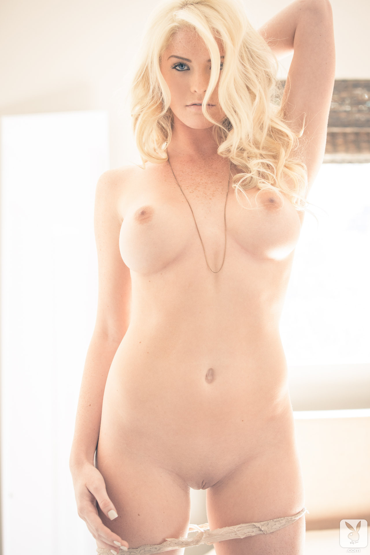 carly lauren nude