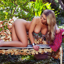 jessie-cabanne-in-the-garden-playboy-cybergirl-14