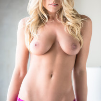 traci-denee-ready-for-action-playboy-cybergirl-13