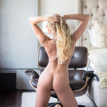 traci-denee-ready-for-action-playboy-cybergirl-20