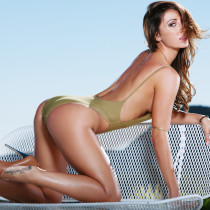 casey-connelly-takes-it-all-off-by-the-pool-playboy-cybergirl-06