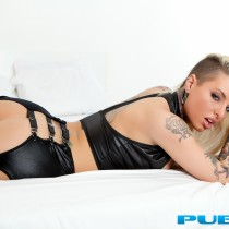 christy-mack-nude-bed-seduction-23