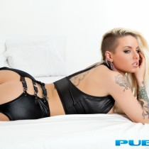 christy-mack-nude-bed-seduction-24