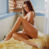 erica-campbell-nude-hedonistic-massages-12