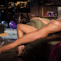 heather-knox-playmate-of-the-month-january-2012-13