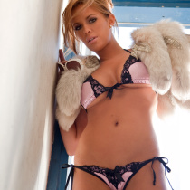 sharae-spears-nude-cybergirl-of-the-year-2009-02