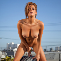 sharae-spears-nude-cybergirl-of-the-year-2009-29