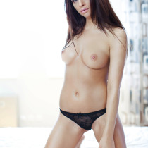 kety-nude-pink-makes-the-boys-wink-17