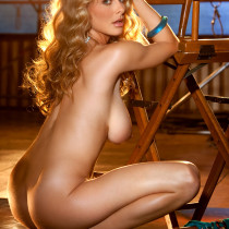 shanna-marie-mclaughlin-nude-playmate-of-the-month-2010-04