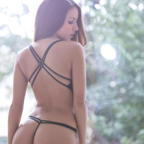 shelby-chesnes-nude-modern-woman-008