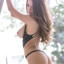 shelby-chesnes-nude-modern-woman-012