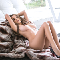 shelby-chesnes-nude-modern-woman-026