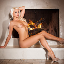chloe-crawford-nude-on-fire-14