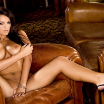 nikki-mitchell-nude-quicky-in-the-mansion-15