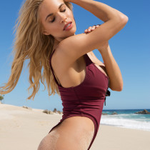 dani-mathers-nude-day-in-cabo-08