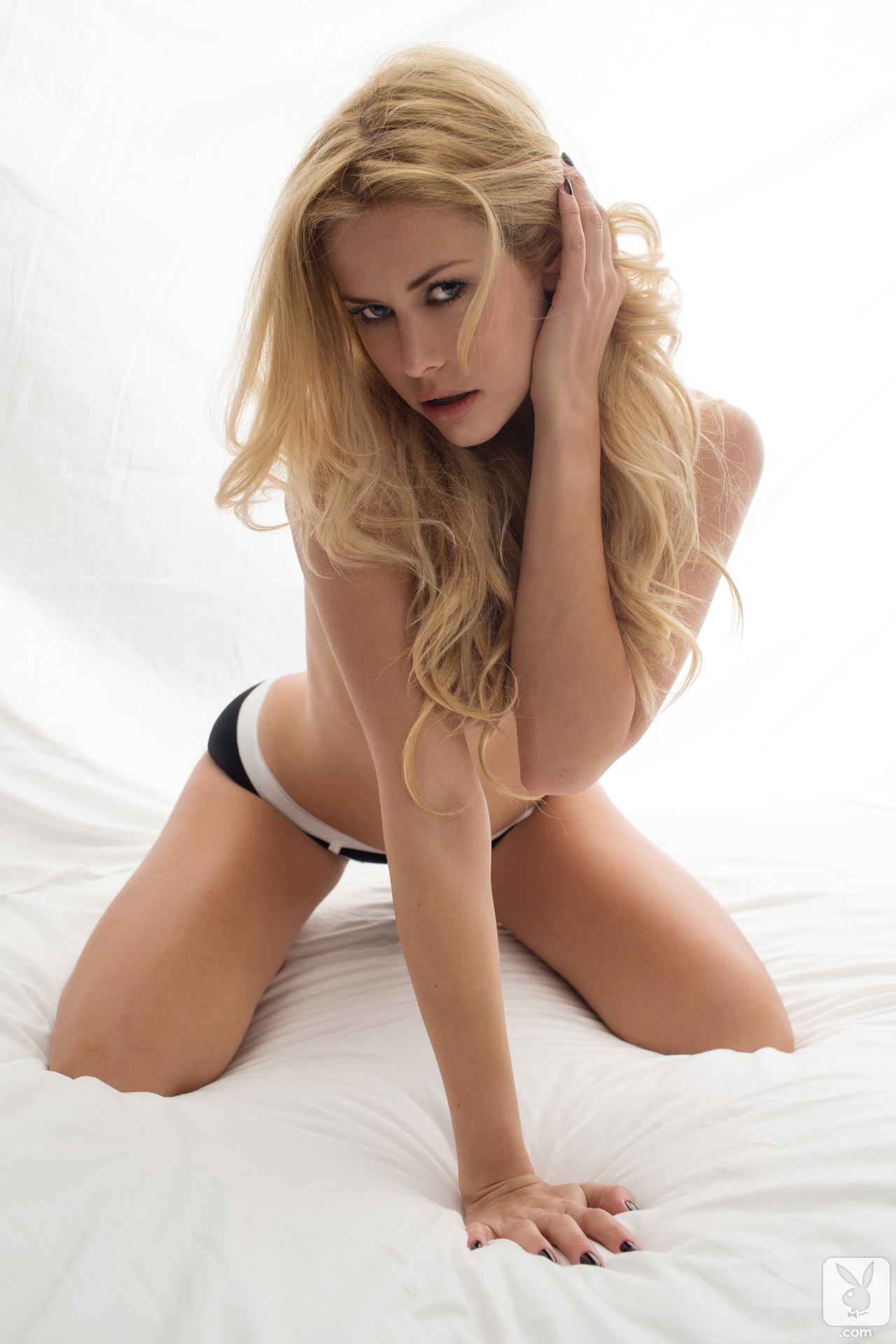 kennedy summers nude