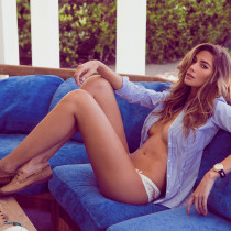 maggie-may-nude-miss-august-2014-03