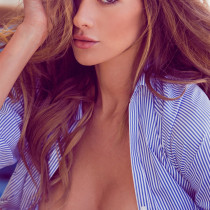 maggie-may-nude-miss-august-2014-13