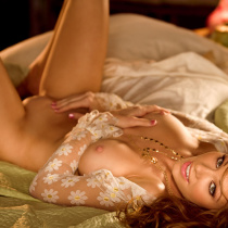 kimberly-phillips-playmate-of-the-month-september-2009-09