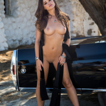 chelsie-aryn-nude-once-upon-west-02