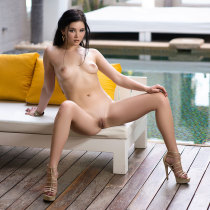 malena-nude-mysterious-girl-09