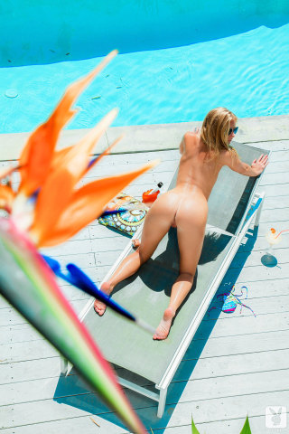 stacy-aaron-nude-sexy-sunbathing-13