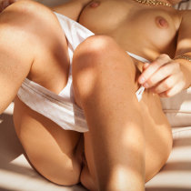 sarah-clayton-nude-patio-pleasures-15