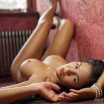 kendra-nude-the-red-tales-11