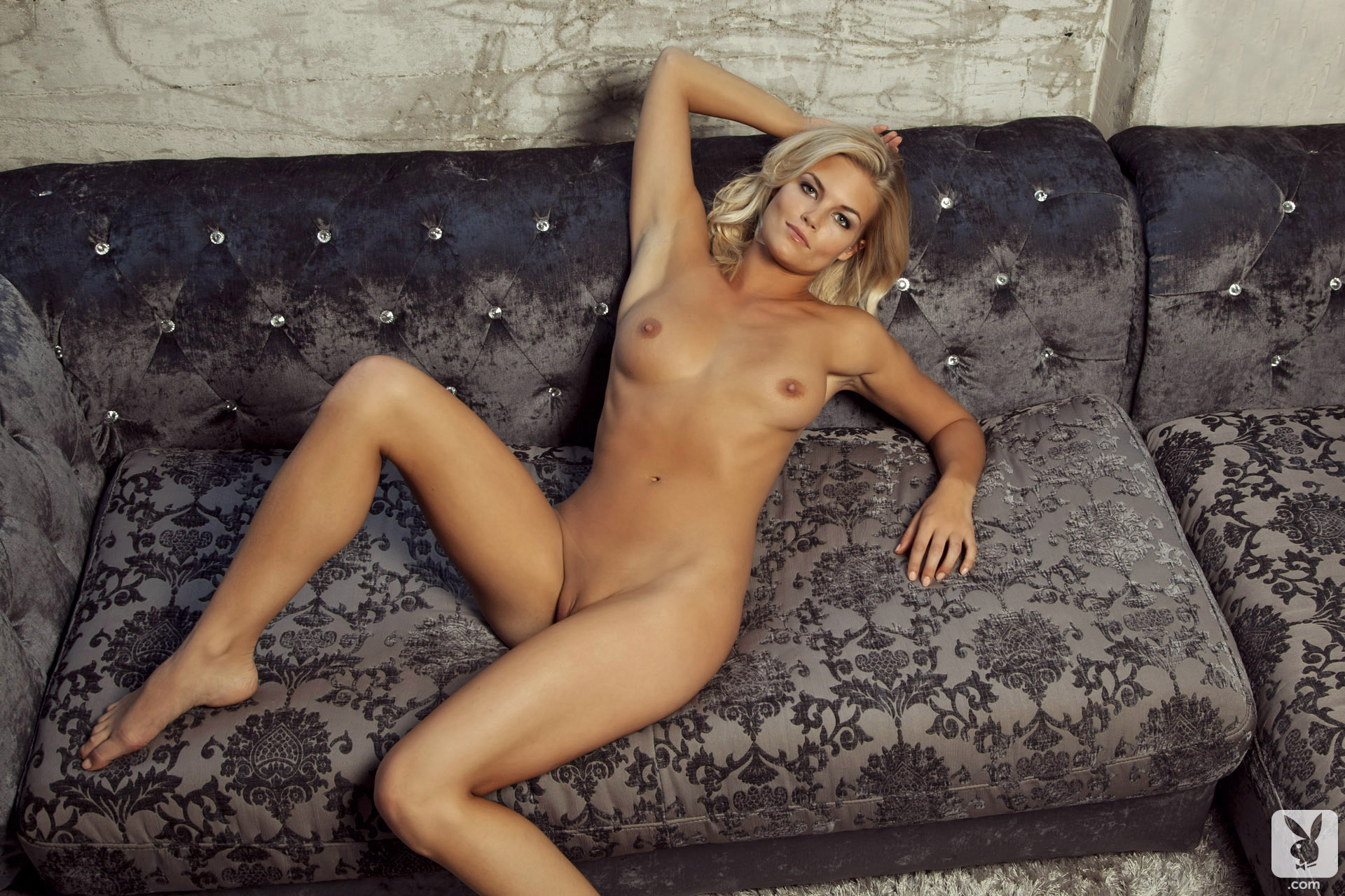 Playboy amateur video host freesexi girl