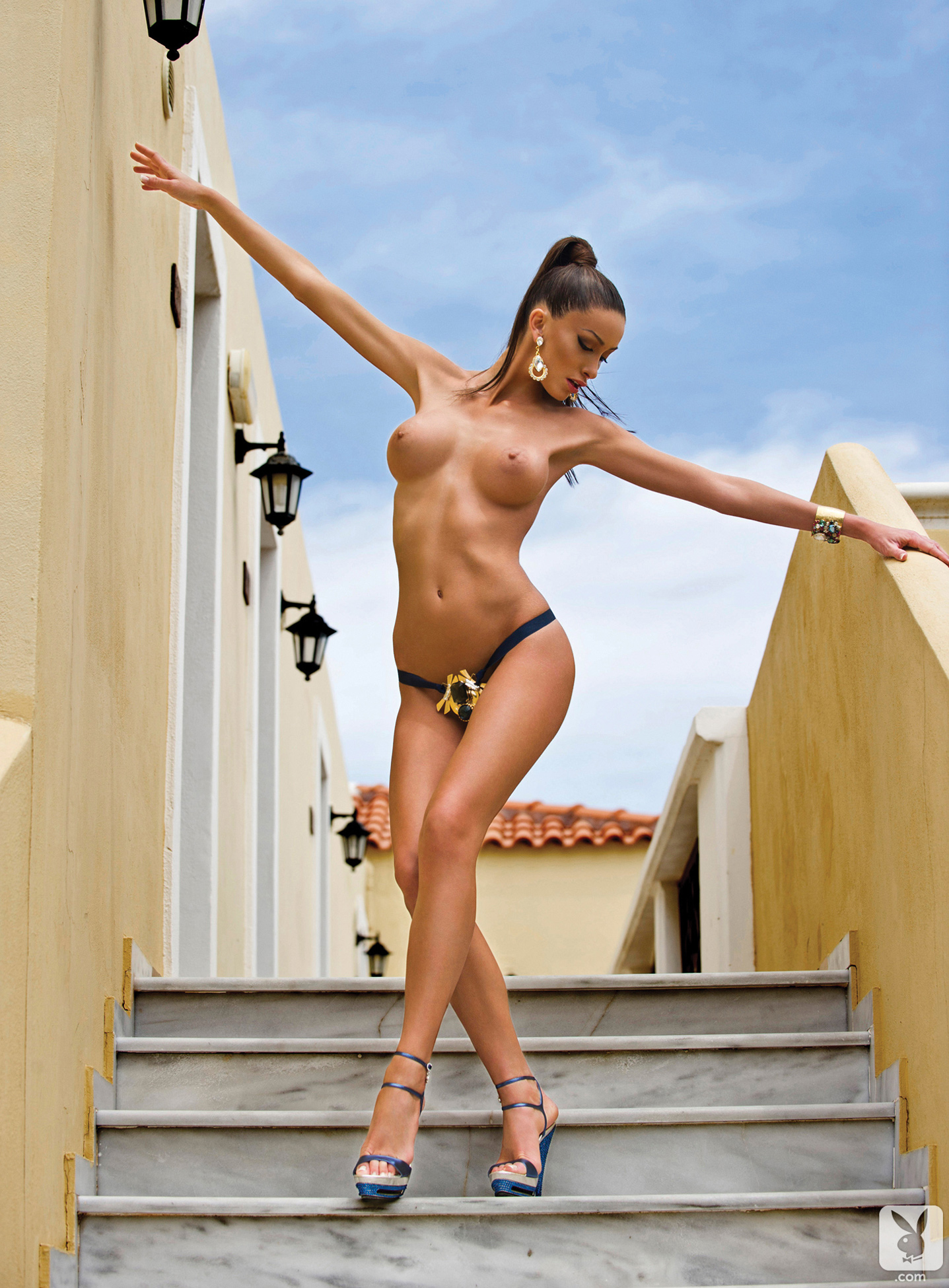 Free Glamour Babe Galleries