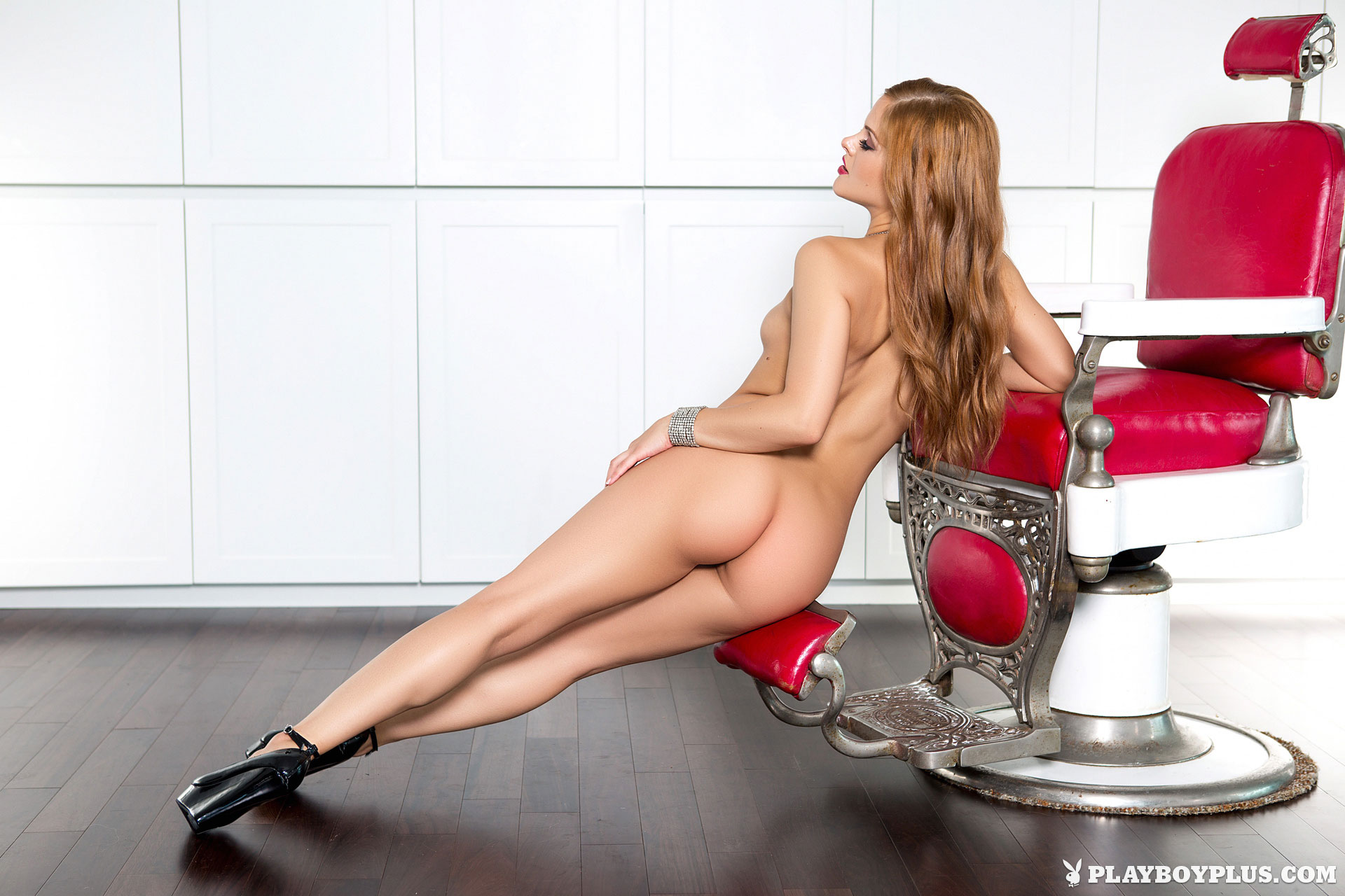playmate-naked-on-chair-hot-adult-skinny-babes-bj-gif